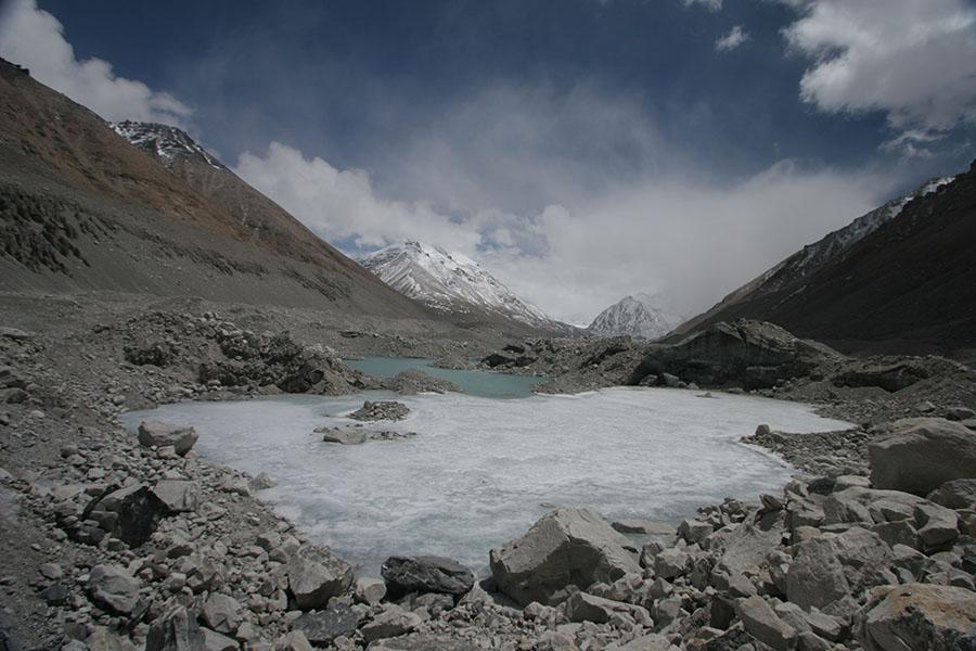 Half frozen lake on Rongbuk Glacier