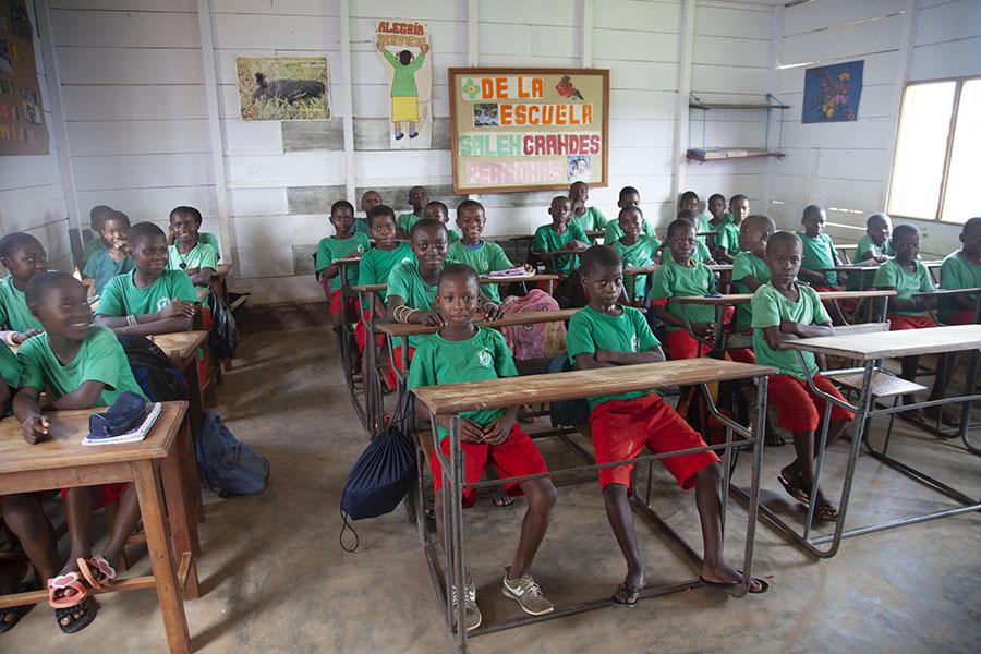 Leerlingen in de school van Cogo
