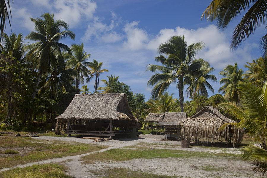 Dorpje op Abaiang atol