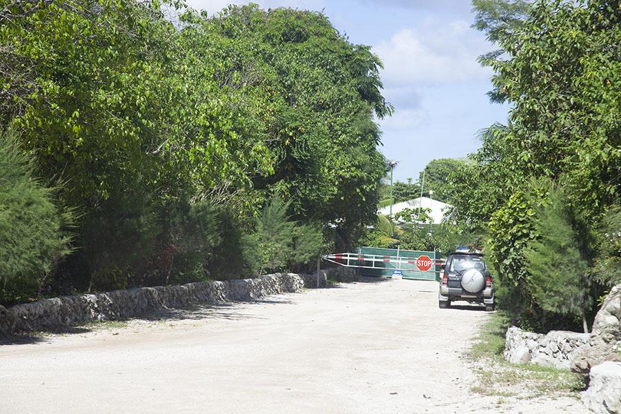 Ingang van het vluchtelingenkamp van Nauru