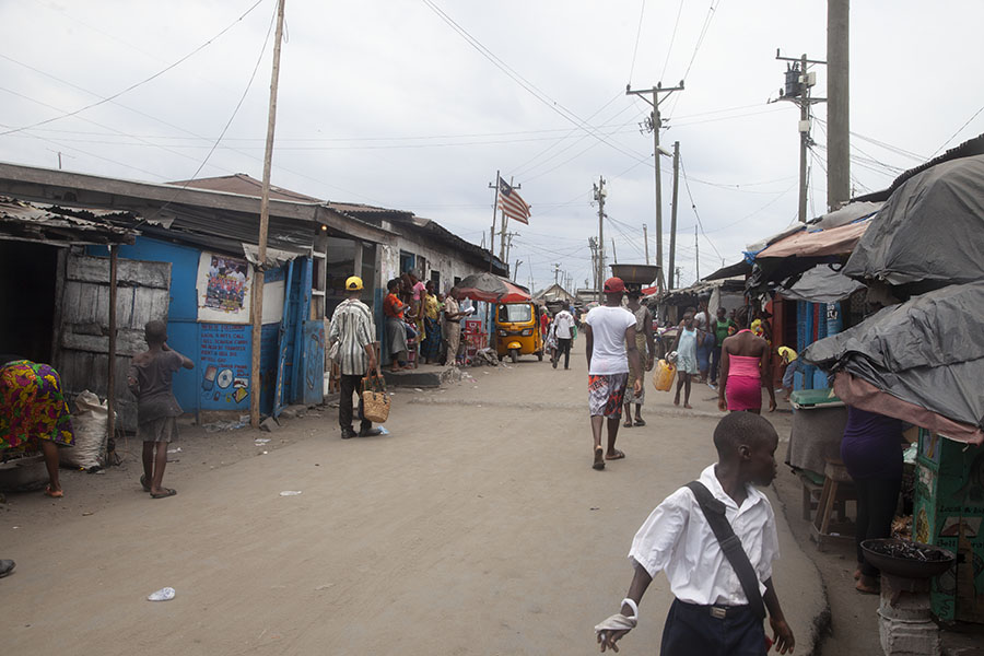 Straat in West Point in Monrovia
