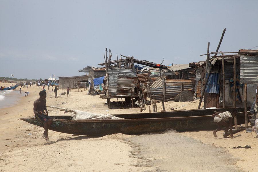 Strand bij West Point, Monrovia