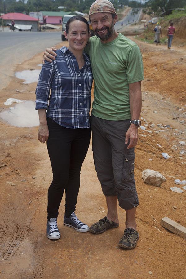 Korte ontmoeting met Wing, op weg naar Monrovia
