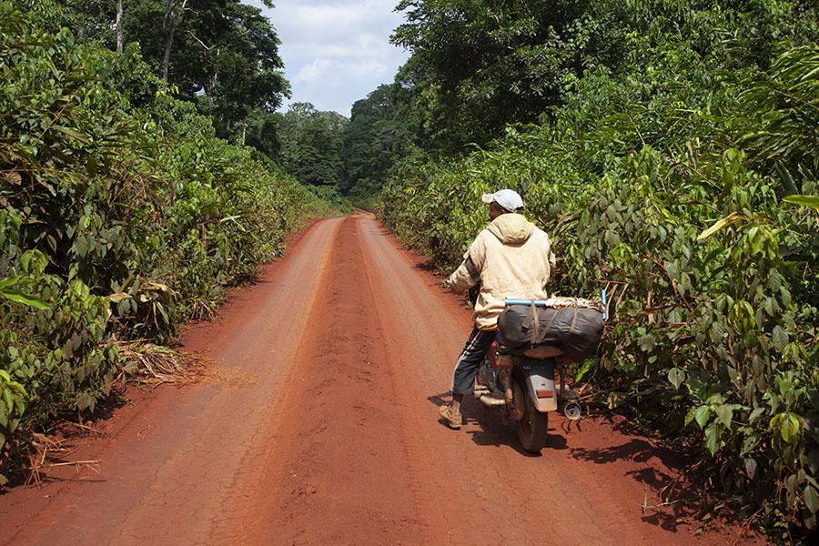 De weg naar Libongo met Benjamin